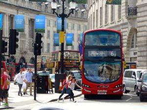 London Piccadilly Bus