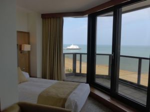 7-Eastbourne-TheView-4