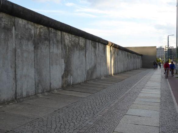 Berliner-Mauer01