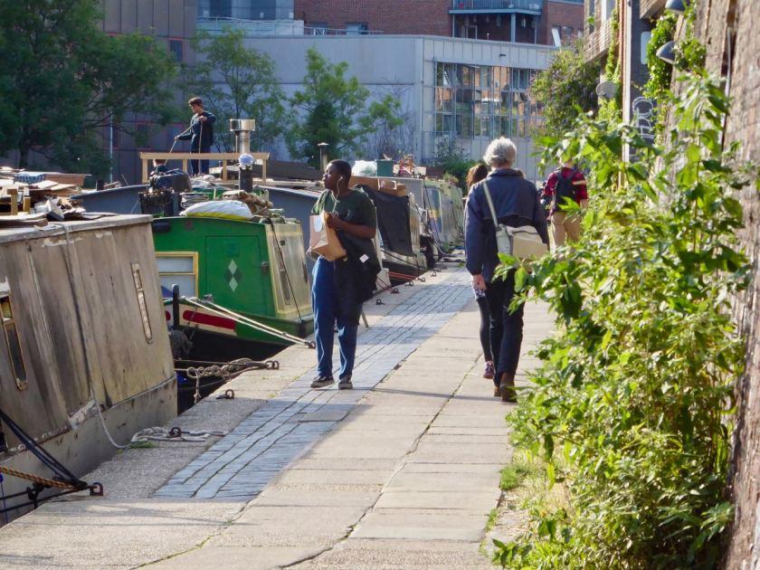 10-Canal-Leute